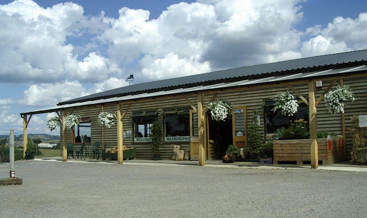 exterior of washingpool farm